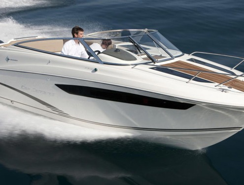 bateau jeanneau cap camarat 7 5 dc FP1 495x375 - Gammes Cap Camarat