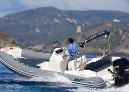 bateau location cap ferret black fin elegance 7 FP3 260x185 - Black Fin Elegance 7