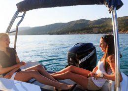 bateau location cap ferret black fin elegance 7 FP8 260x185 - Black Fin Elegance 7