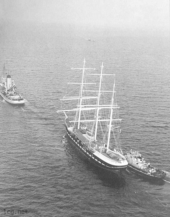 belem remorquage 1979 - Le Belem : un navire de légende de retour à Bordeaux