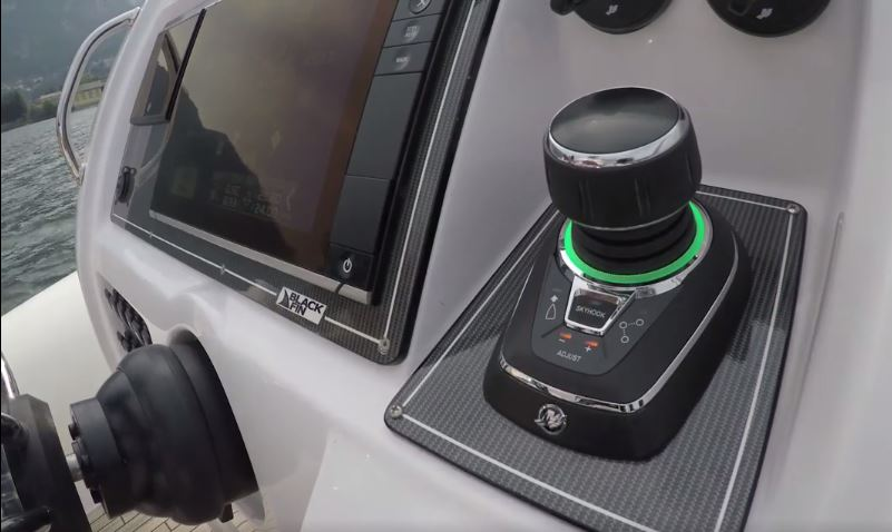 joystick3 - Le Joystick Piloting : au cœur de l'innovation Mercury