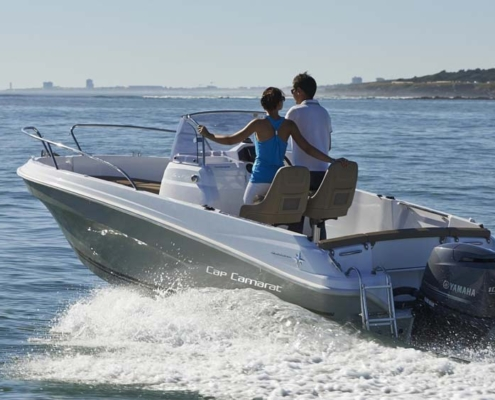 bateau location biscarrosse cap camarat 5 5 cc 1 FP5 495x400 - Cap Camarat 5.5 CC