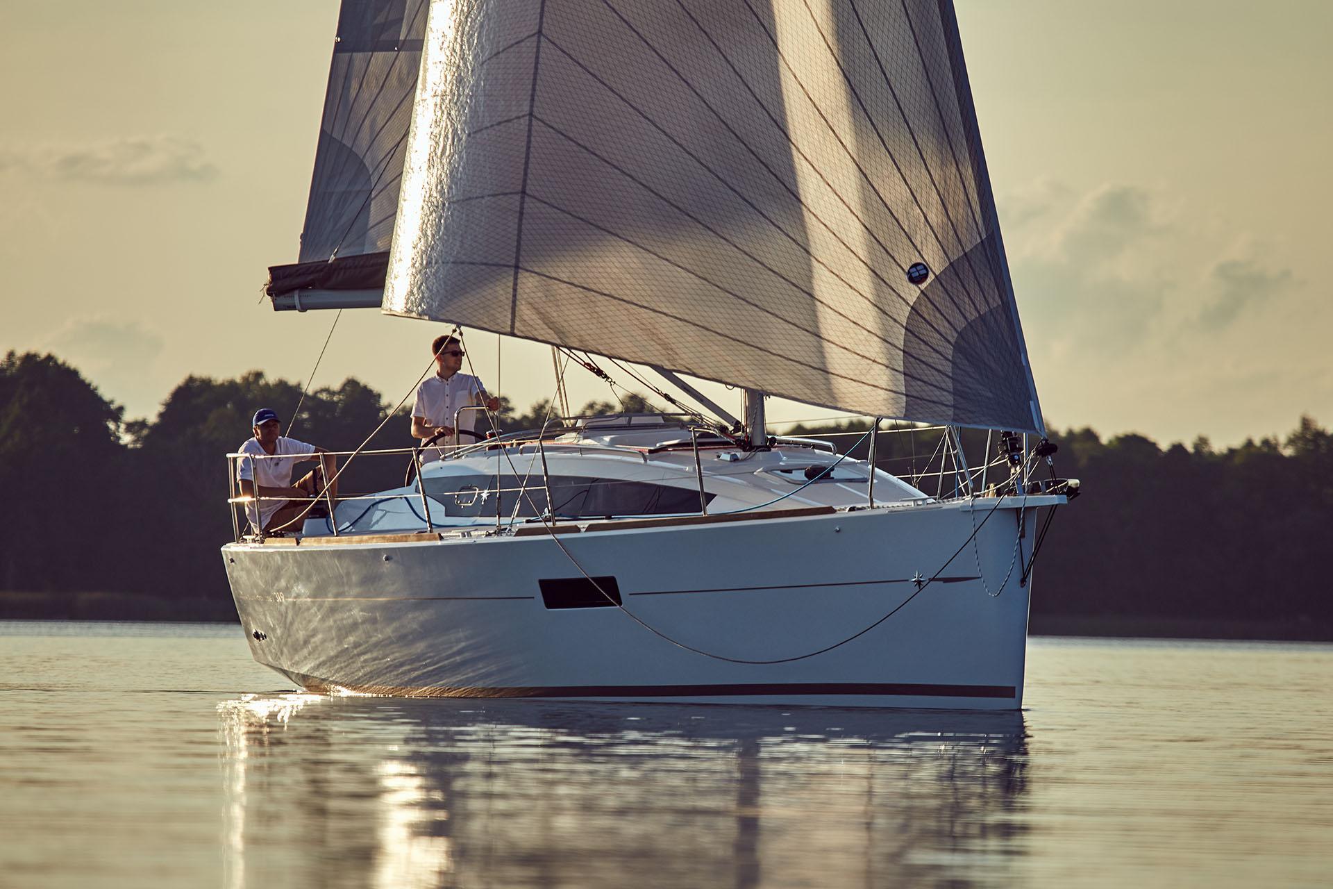 1 2 - Sun Odyssey 490