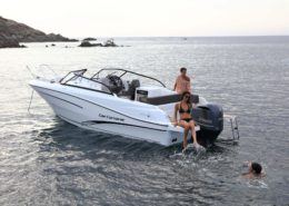 bateau neuf cap camarat 7 5 br FP9 260x185 - Cap Camarat 7.5 BR