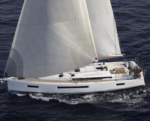 bateau voilier neuf sun odyssey 490 FP1 495x400 - Le Nautic de Paris 2019