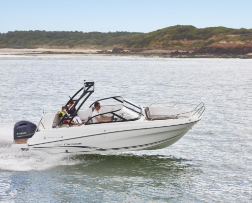 bateau jeanneau cap camarat 6 5 br FP7 495x400 - Cap Camarat 6.5 BR