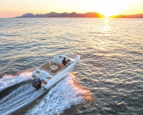 bateau jeanneau cap camarat 6 5 dc vignette2 495x400 - Cap Camarat 6.5 DC