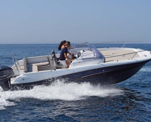 bateau jeanneau cap camarat 7 5 wa vignette2 495x400 - Cap Camarat 7.5 WA