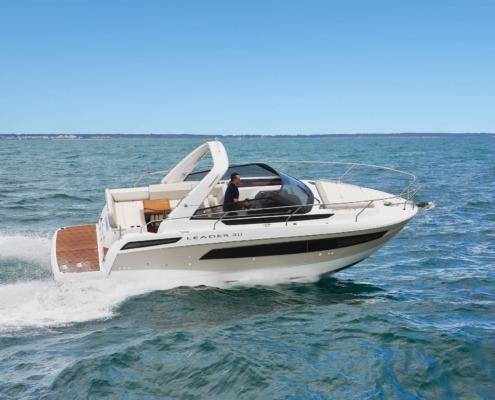 bateau jeanneau leader 30 vignette1 495x400 - Leader 30 open