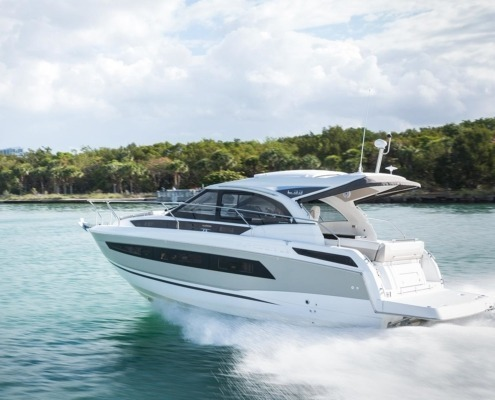 bateau jeanneau leader 33 FP3 495x400 - Leader 33 open avec arceau