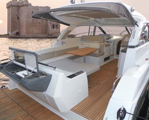 bateau jeanneau leader 40 vignette2 495x400 - Leader 40 open avec arceau