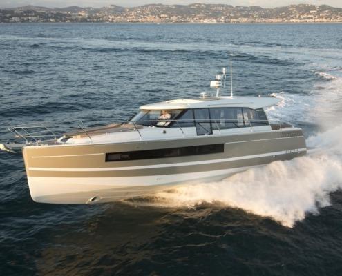 bateau jeanneau new concept NC 14 vignette 1 495x400 - NC 14
