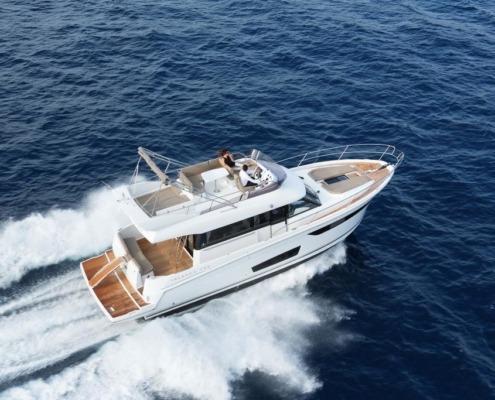 bateau neuf velasco 43 F vignette2 495x400 - Velasco 43 F