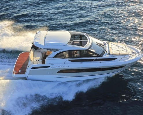 bateau jeanneau leader 33 FP1 495x400 - Thank You Page Nautic Paris