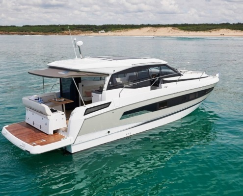 bateau neuf new concept nc 37 FP2 495x400 - Thank You Page Nautic Paris