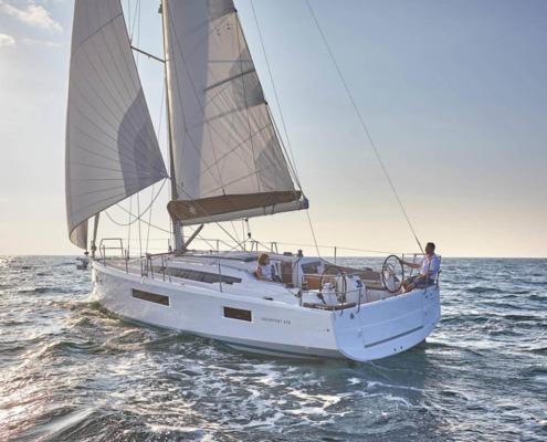 c 495x400 - Sun Odyssey 410