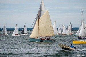18h darcachon 2021 depart 2 carly 1024x681 1 300x200 - Les Chantiers Navals du BA, sponsor des 18h d'Arcachon - 47ème édition