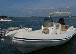 bateau location cap ferret black fin elegance 8 FP6 1 260x185 - Black Fin Elegance 8