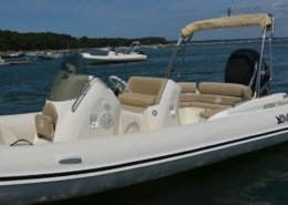 bateau location cap ferret black fin elegance 8 FP7 260x185 - Black Fin Elegance 8
