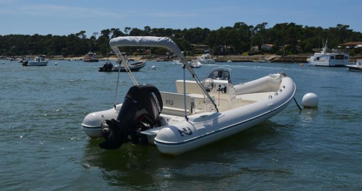 bateau location cap ferret nj 630 FP1 710x375 - Nuova Jolly 630